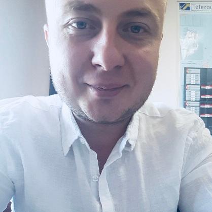 Adrian Taczyniec (373070)